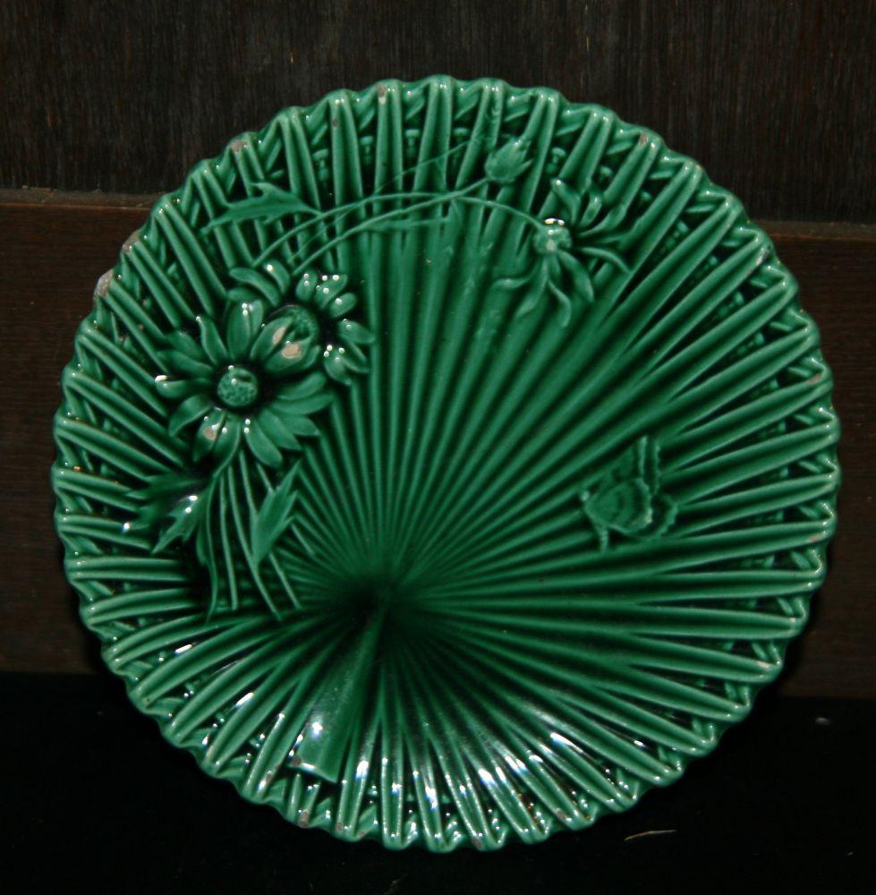 Majolikový secesní talíř 19 st. Villeroy Boch
