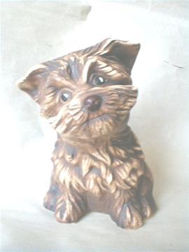 Keramický pes Knírač