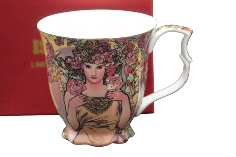Porcelánový šálek Alfons Mucha Růže