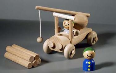 Dřevěná hračka autojeřáb