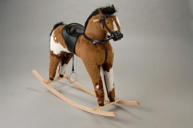 Houpací kůň - Apač strakatý