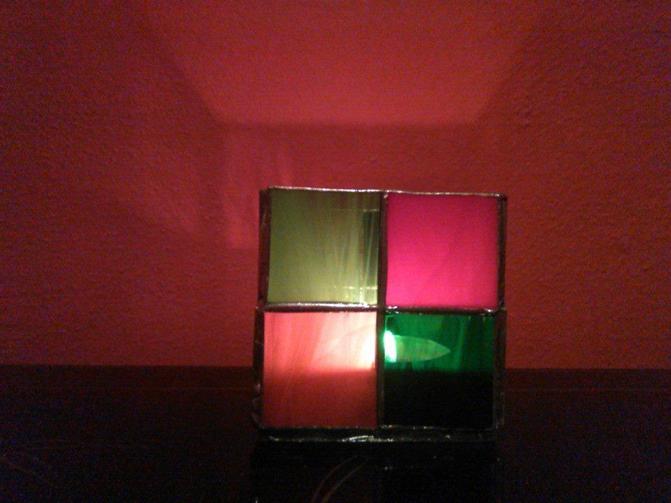 Skleněný svícen vitrážový Kostky