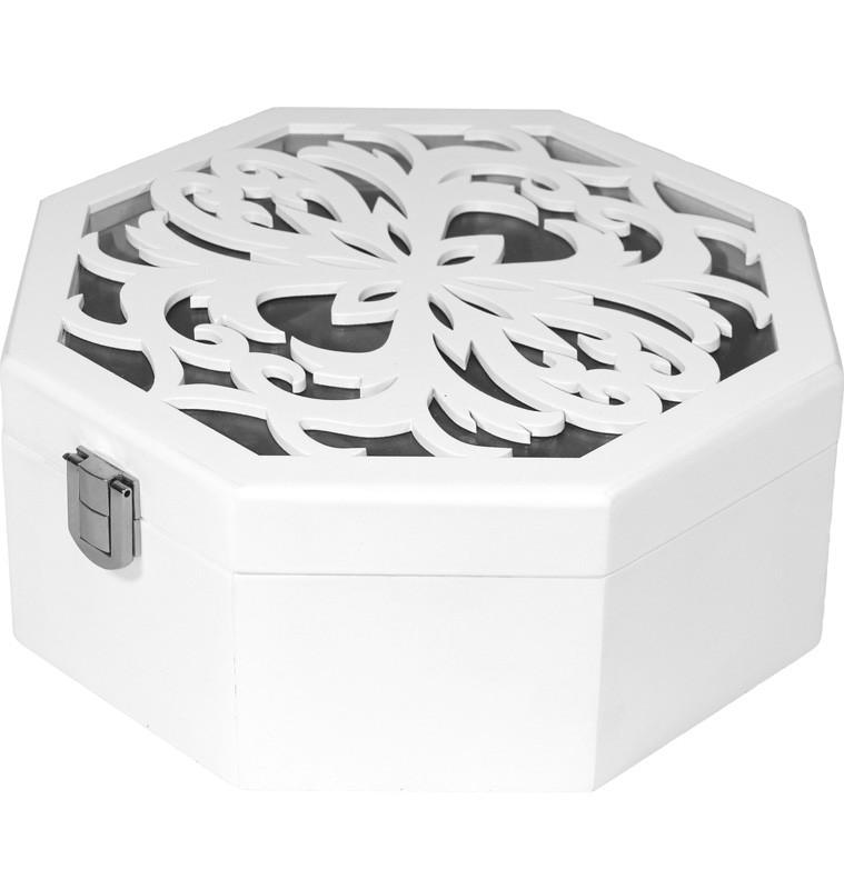 Dřevěná šperkovnice bílá vyřezávaná Hedvika