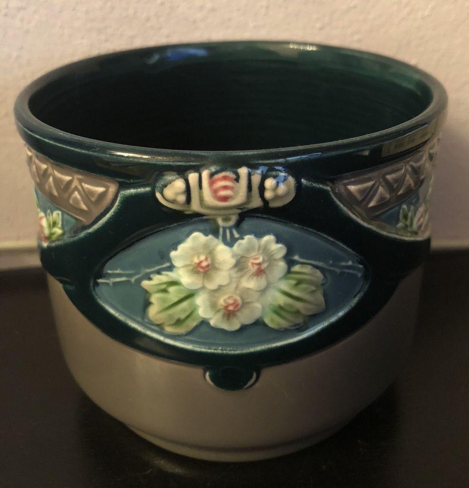 Majolikový keramický květináč Eichwald