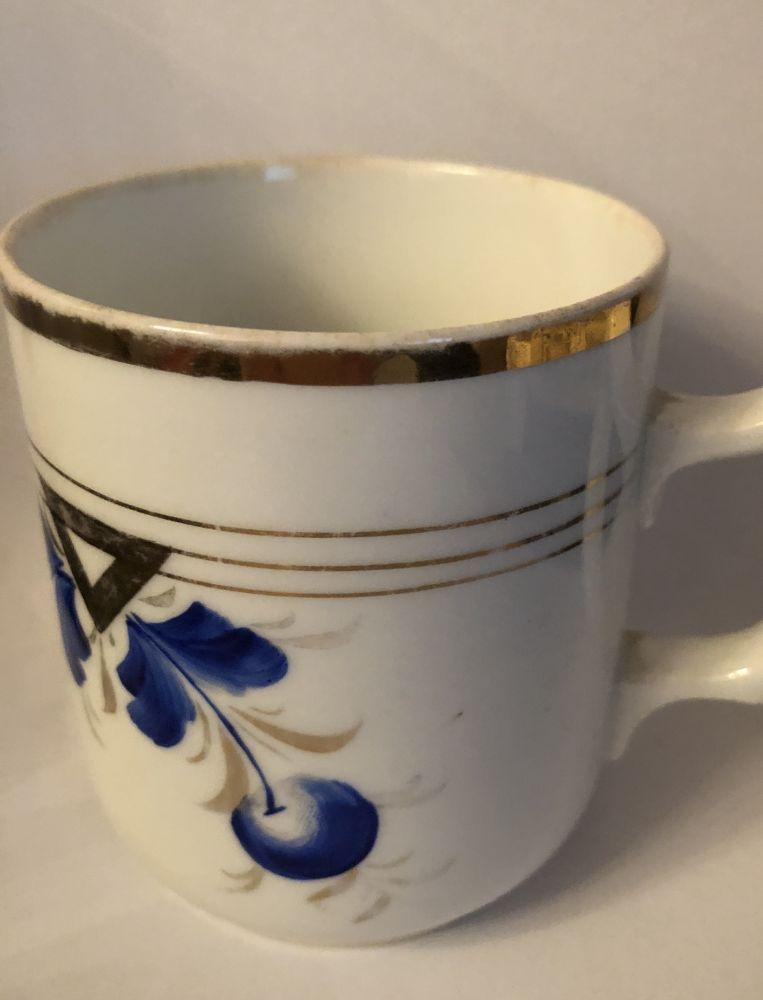 Starožitný porcelánový hrnek Modré třešně