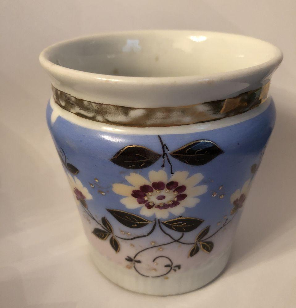 Starožitný porcelánový hrnek Modrý S květinkami