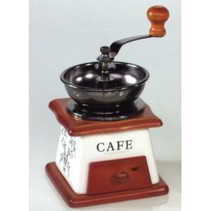 Dřevěný mlýnek na kávu S dekorací kávy