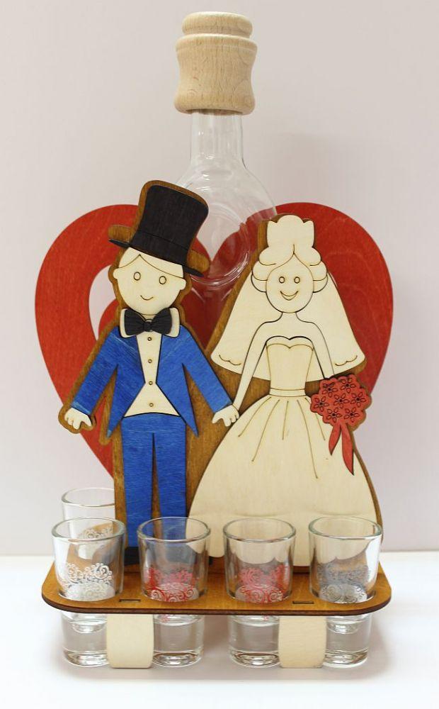 Dřevěný stojan na karafu a skleničky 6ks Svatba