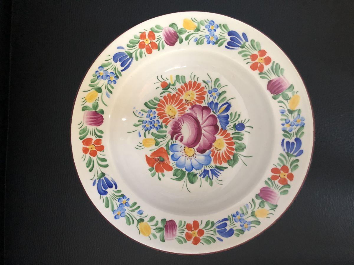 Ručně malovaný talíř Ditmar Urbach - závěsný
