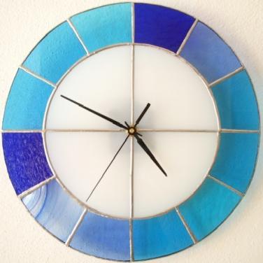Hodiny vitrážové - kulaté modré