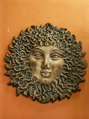 Keramika na zeď - Francouzské slunce