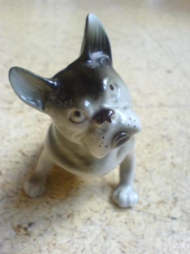 Porcelánová soška Pes sign.DUX prodáno
